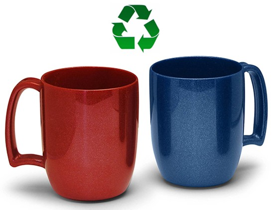 MUG EN PLASTIQUE RECYCLE DONALD
